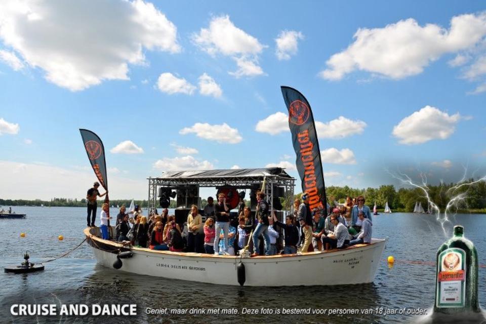 Hannekes Boot - stille disco - Cruise and Dance Jägermeister