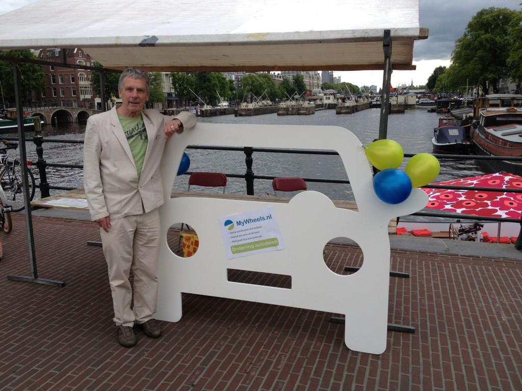 Luud Schimmelpenninck manifestatie elektrisch vervoer met Hannekes Boot