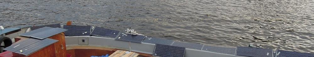 Hanneke test zonnepanelen op Hannekes Boot!