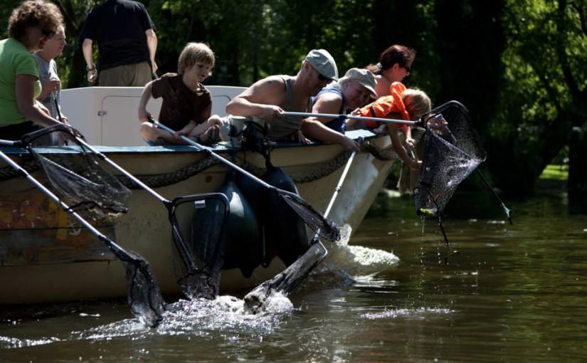 Hannekes Boot mede-organiseert Plastic Vissen